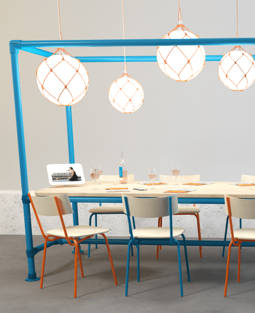 Vue 3D présentant une projection de l'ambiance du Comptoir des Francofolies en gare SNCF : Table structure KEE KLAMP Bleu orange Lampe fisherman ZEROLIGHTING - Simon Pointillart Design