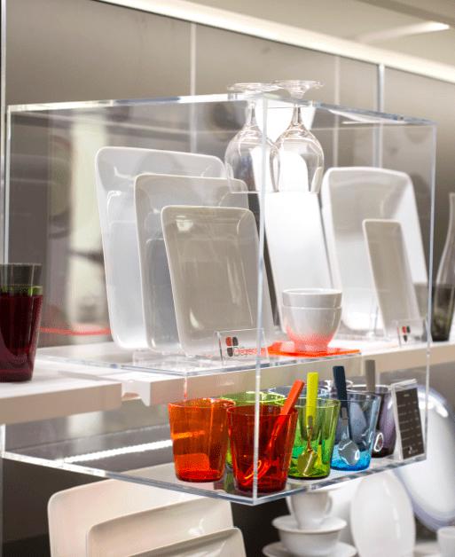 Cloche de mise en avant d'association de modèles de vaisselle