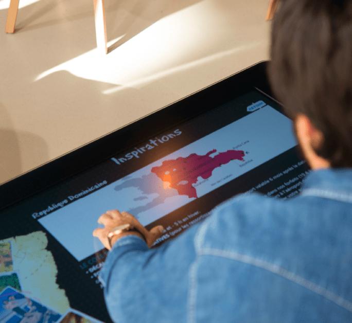 Table interactive dans le point de vente